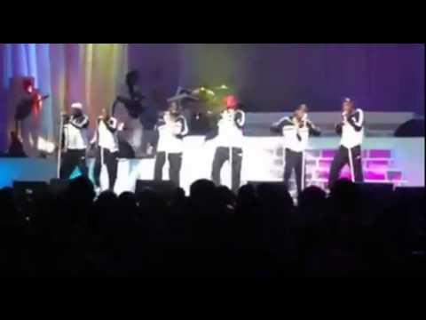 Overweight Bobby Brown Walks Off Stage During New Edition's Performance