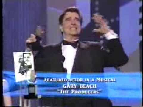 Gary Beach wins 2001 Tony Award for Best Featured Actor in a Musical
