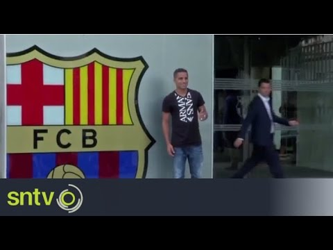 Barcelona unveil new signing Douglas Pereira