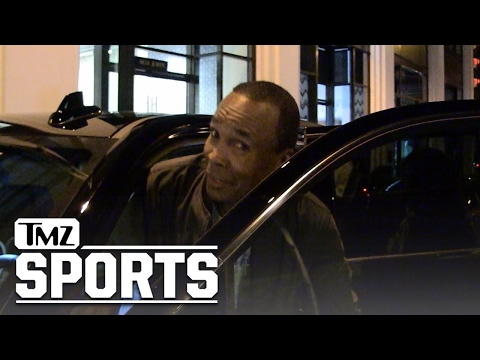 MAYWEATHER BEATS MCGREGOR IN ONE ROUND ... Says Sugar Ray Leonard | TMZ Sports