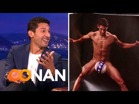 World Cup Star Omar Gonzalez On How To Pose Nude