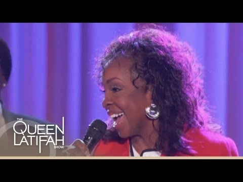 """Gladys Knight Performs """"Old School"""" on The Queen Latifah Show"""