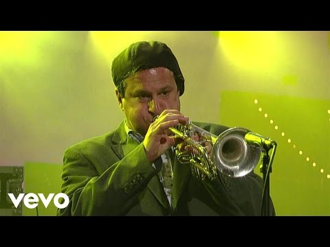 Cake - The Distance (Live on Letterman)