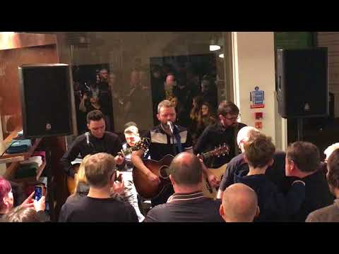 The Slow Readers Club - Block Out The Sun (Acoustic) Fred Perry Manchester In-store 02/12/2017