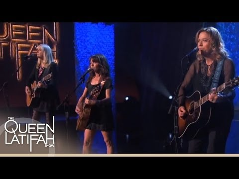 "The Bangles Perform ""Eternal Flame"" on The Queen Latifah Show"