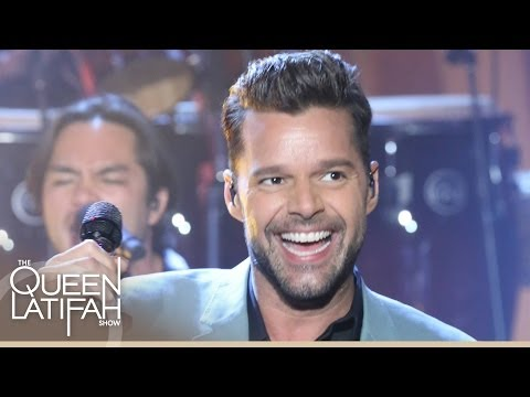 """Ricky Martin Performs """"Vida"""" on The Queen Latifah Show"""