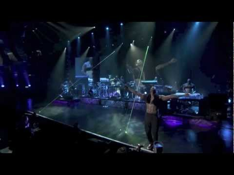 Usher - Numb (Live at iTunes Festival 2012)