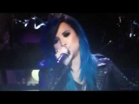 Demi Lovato on Jay Leno performing Neon Lights