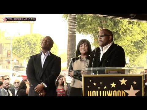 BEBE & CECE WINANS HONORED WITH HOLLYWOOD WALK OF FAME STAR