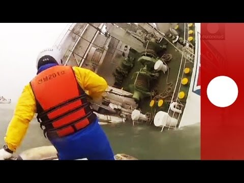 Dramatic rescue footage: Coastguards save people from sinking South Korea ferry