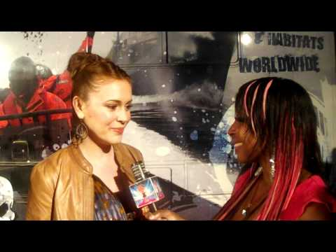 Alyssa Milano Interviews w/ Kimberly Jessy for a Cause Save the Whales!!!