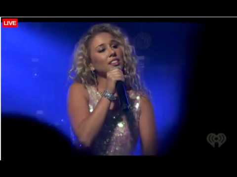 Haley Reinhart Performs 'Undone' at the iHeartRadio Concert - 8/29/12
