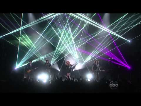 The 2013 Billboard Music Awards - The Band Perry - Better Dig Two