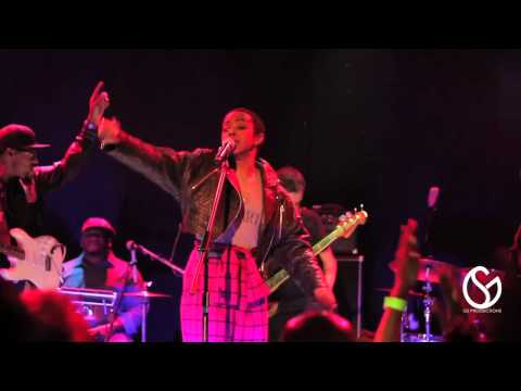 Lauryn Hill - Ready Or Not (Live in NYC)