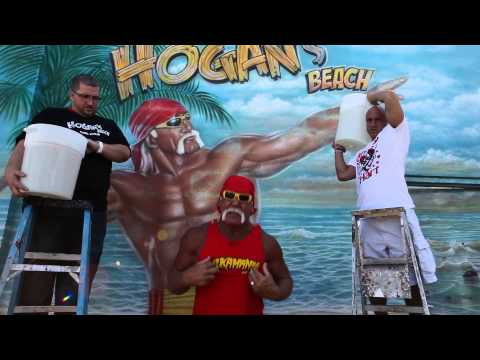 "Hulk Hogan accepts the ""Ice Bucket Challenge"""