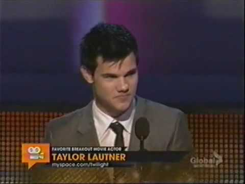 Taylor Lautner as Favorite Breakout Movie Actor - People's Choice Awards 2010