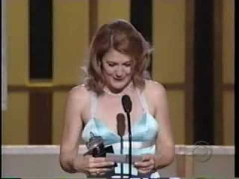 Victoria Clark wins 2005 Tony Award for Best Actress in a Musical