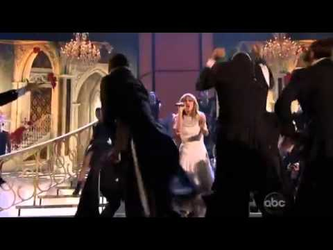 Taylor Swift - I Knew You Were Trouble Performed Live 2012 American Music Awards AMA