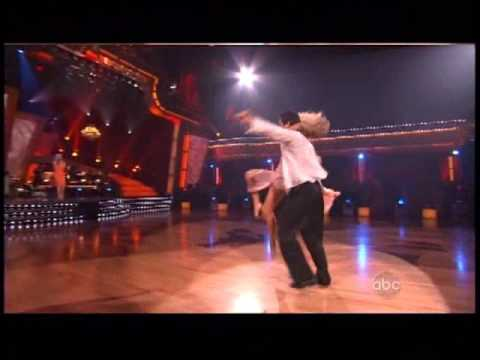 Jewel sings Somewhere Over the Rainbow on dancing with the stars