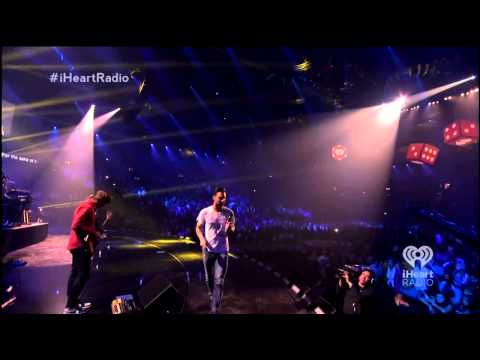Maroon 5 - Love Somebody (iHeartRadio Music Festival 2013)
