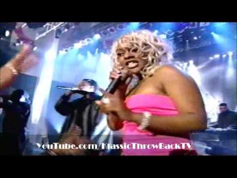 "Lil' Kim & Lil' Cease - ""Crush On You"" - Live (1997)"