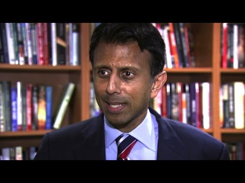 """Bobby Jindal: Trump """"looks like he's got a squirrel sitting on his head"""""""