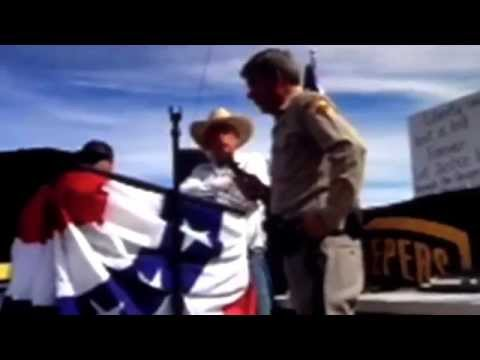 Cliven Bundy demands that Federal Agents surrender their arms - Bundy Ranch, Nevada