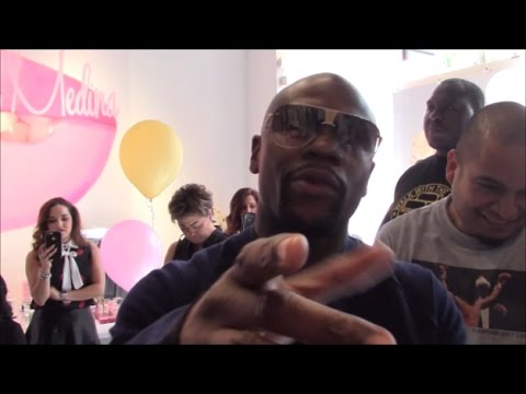 """FLOYD MAYWEATHER RESPONDS TO CONOR MCGREGOR VOWING TO STOP HIM; TELLS DANA WHITE """"GOOD WORK"""""""