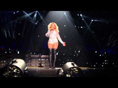Beyoncé - XO (live) Mrs. Carter World Tour