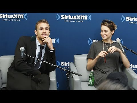 Divergent Stars: What Faction Would You Choose? // SiriusXM // Entertainment Weekly Radio