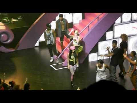 Nicki Minaj - Pink Friday Tour Chicago - Bedrock