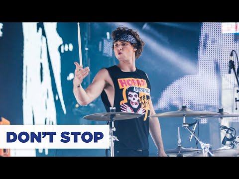 5 Seconds Of Summer - Don't Stop (Summertime Ball 2014)
