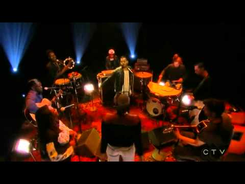 Twin Shadow - To the Top Live on Conan