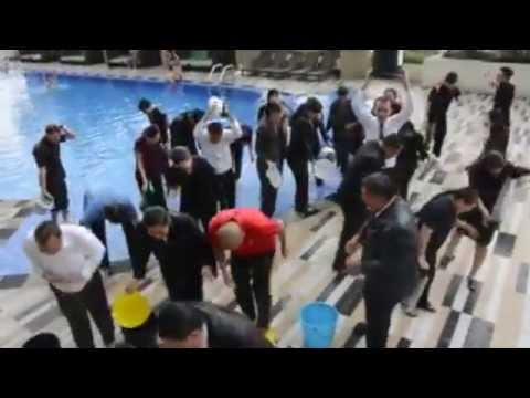 Hyatt Colleagues Accept the ALS Ice Bucket Challenge
