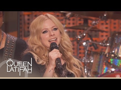 "Avril Lavigne Performs ""Rock n Roll"" on The Queen Latifah Show"