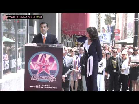 Kate Linder Honored with Hollywood Walk of Fame Star