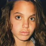 angelina_jolie_childhood_pictures10