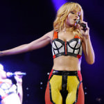 music-rihanna-diamonds-tour-cardiff-opening-night-7