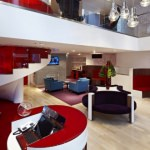 richard-branson-virgin-money-lounge--manchester