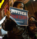 Image: Grand Jury Declines To Indict NYPD Officer In Eric Garner Death