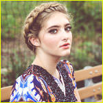 willow-shields-nkd-mag-pic