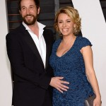 25FBB6BD00000578-2965666-Baby_on_board_ER_vet_Noah_Wyle_took_his_wife_Sara_Wells_to_the_V-m-38_1424718765996