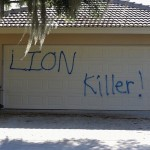 Walter Palmer Lion Killer graffitti